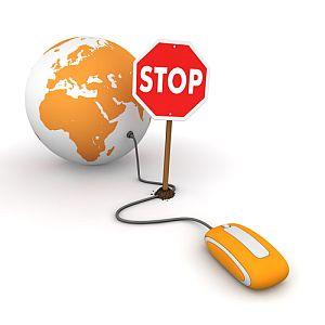 Block User qua IP là không khả thi