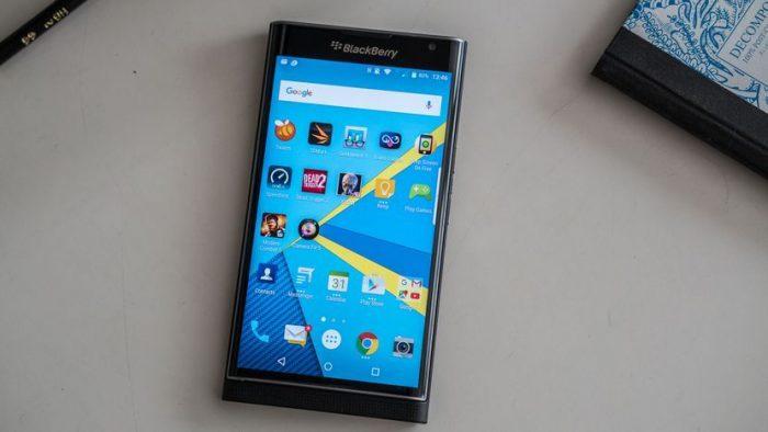 Chiếc Blackberry Priv nam tính và chạy hệ điều hành Android